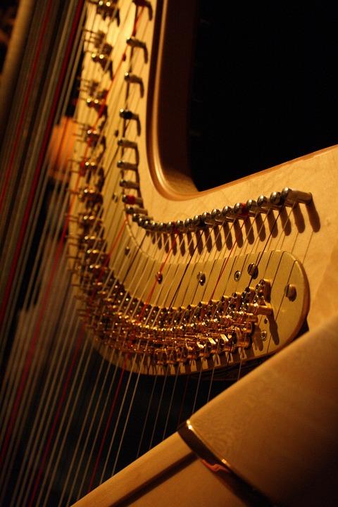 harp against black background