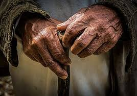 old and wrinkly hands