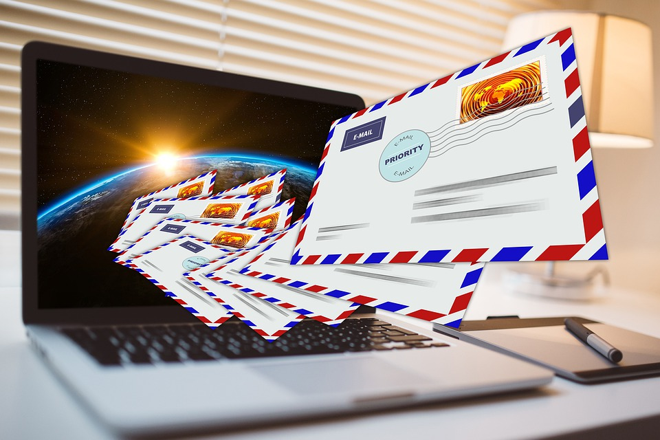 Best online affiliate programs use snail mail